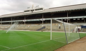 The old White Hart Lane sits empty in 1988.