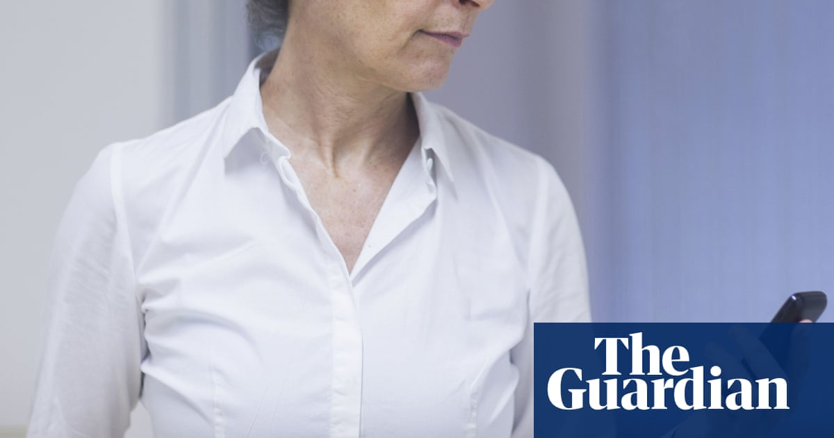 England contact tracer: 'I haven't made one call in 12 weeks' – The Guardian