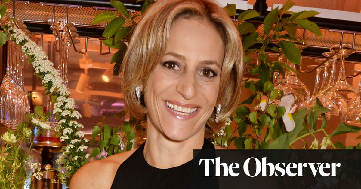 Emily Maitlis: BBC looks out of touch over Munchetty decision