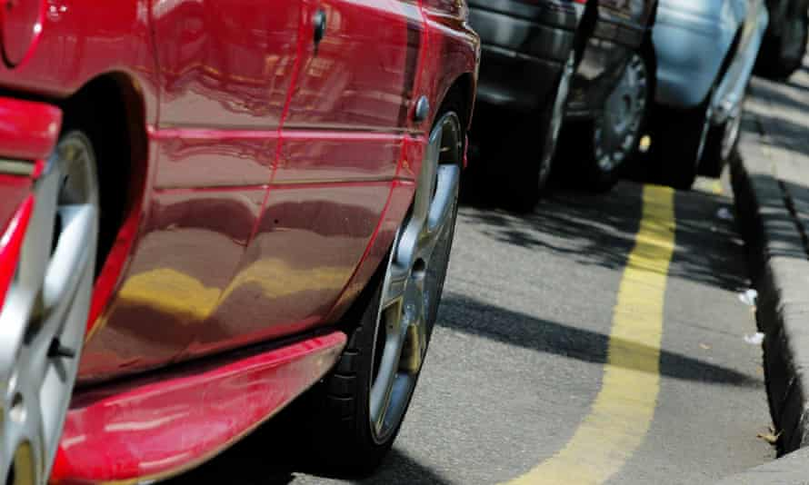 Motorists parking on yellow lines