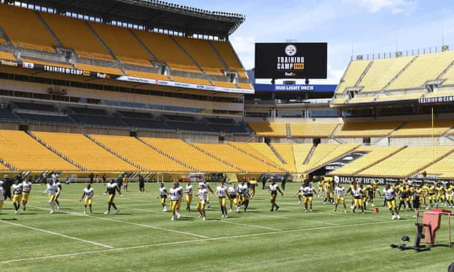 The Pittsburgh Steelers warm up at Heinz Field. The team has indicated it will open its stadium for voting.