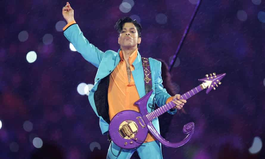 A toxicology report says Prince had an 'exceedingly high' concentration of the painkiller fentanyl in his body when he died.