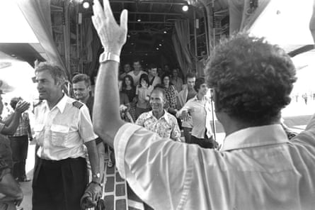 Hostages released during the raid on Entebbe, in July 1976, return to Tel Aviv