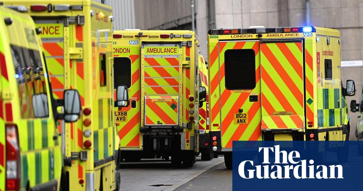 Easing of England lockdown next week 'highly unlikely' to overwhelm NHS