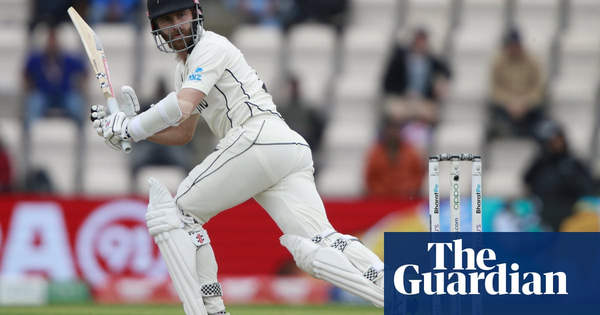 Kane Williamson digs in as New Zealand and India take edgy WTC final to last day