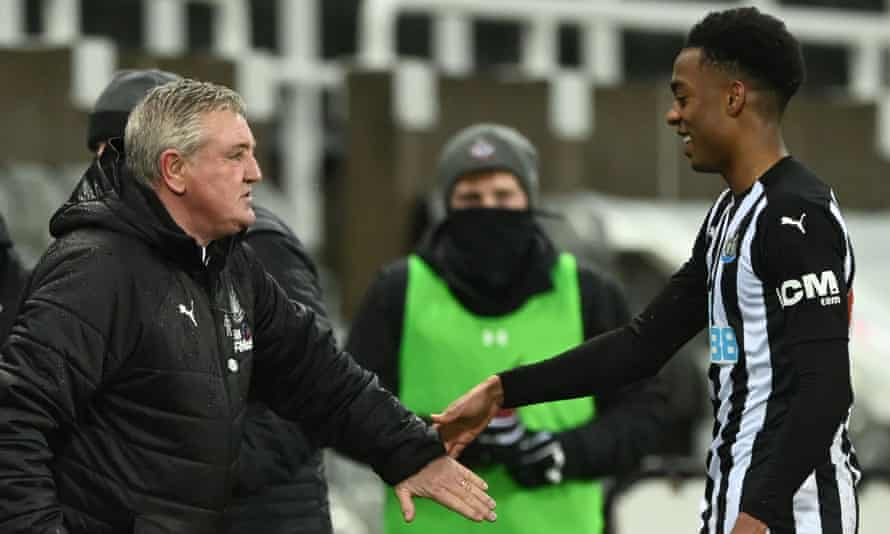 Newcastle United's head coach Steve Bruce with Joe Willock (right), who has impressed during his loan spell after arriving from Arsenal in January.