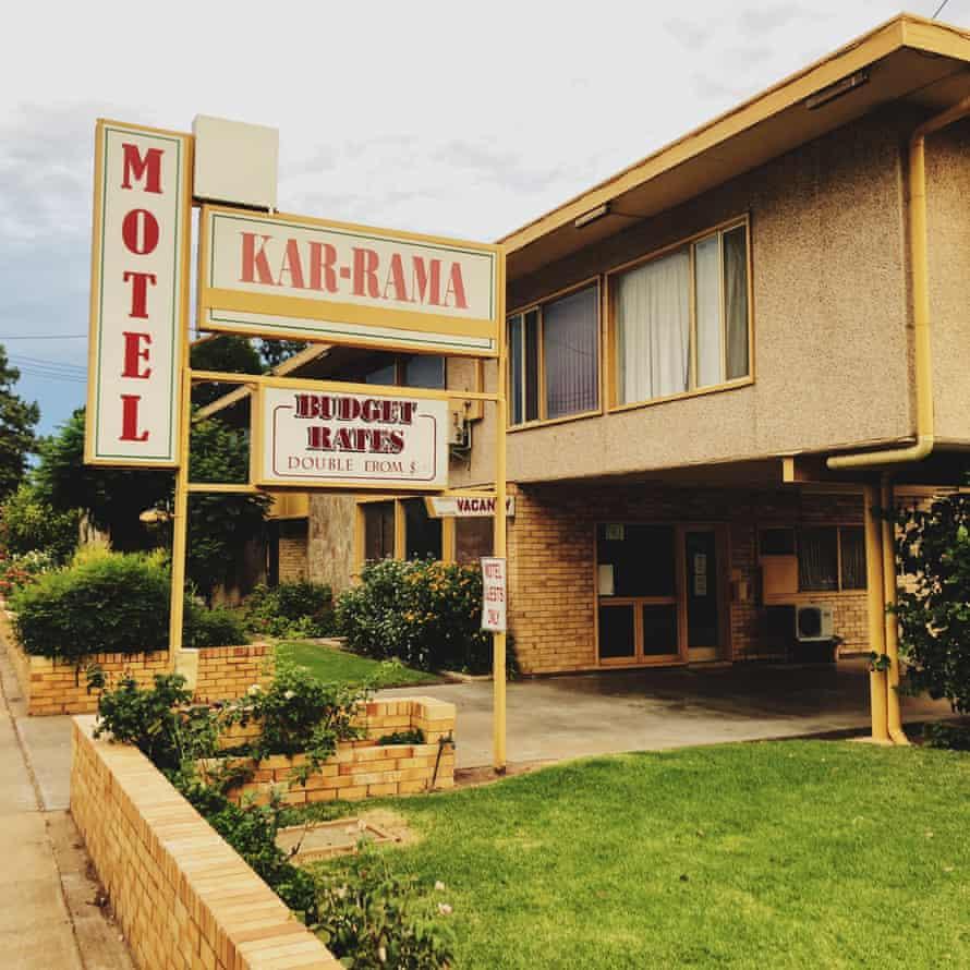 Motel Kar-rama.
