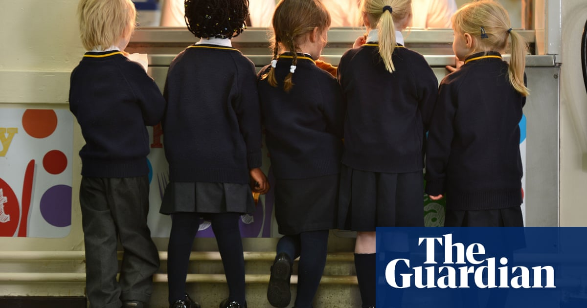 856bec6fe8a Legal challenge over  discriminatory  skirts-only policy at school ...