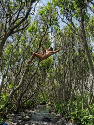 King of the swingers: a tree-lover in Lost Coast, California