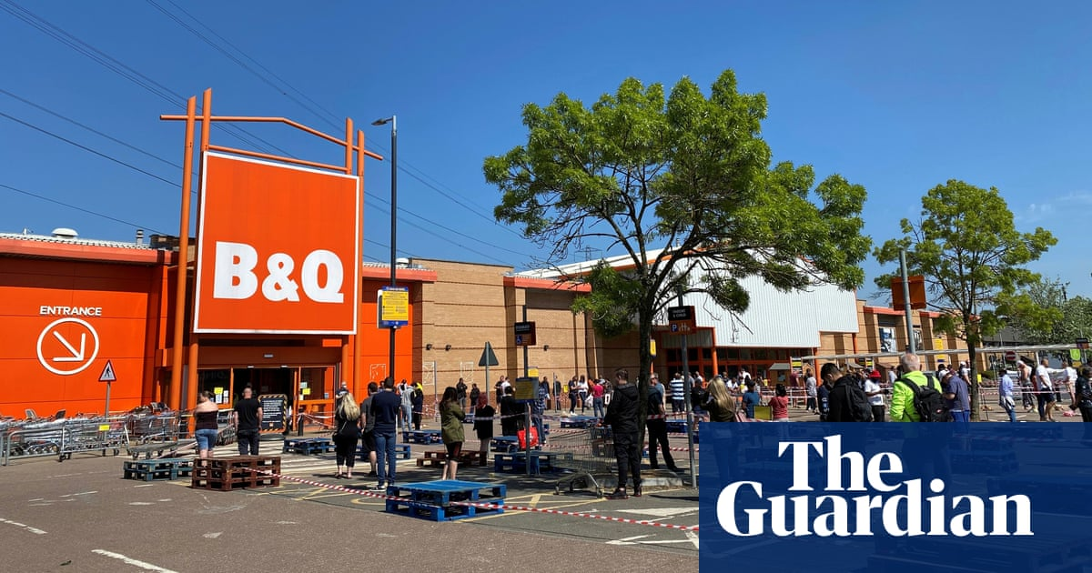 B&Q and Screwfix owner to return £23m in Covid furlough pay
