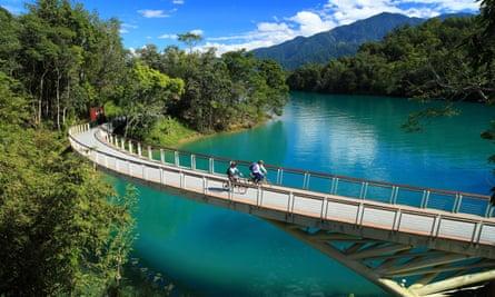Cyclists in Taiwan