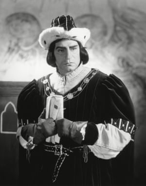 Laurence Olivier in Richard III