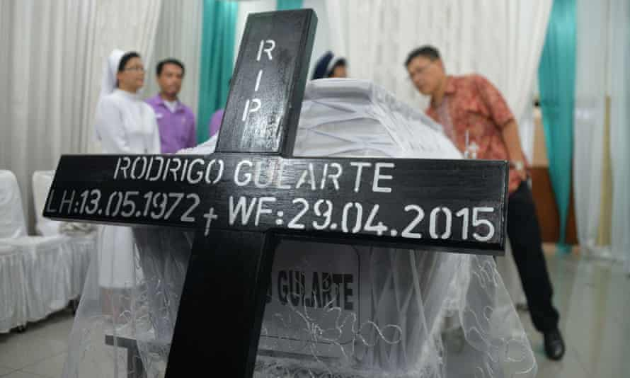 The coffin of executed Brazilian drug convict Rodrigo Gularte is placed at the hospital morgue in Jakarta