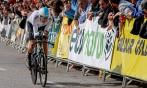 Chris Froome struggles against the backdrop of failed drug