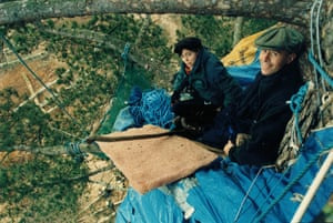 Vidal with protesters at the Newbury bypass in the mid-1990s.