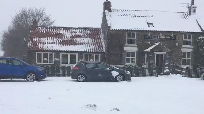 Large Parts Of The UK Warned To Expect Another Night Of Snow And - 17 cars turned into art thanks to frosty winter weather