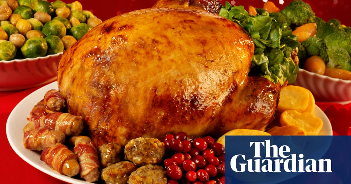 UK food worker shortages push prices up and risk Christmas turkey supplies