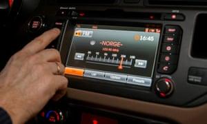 FM radio in a car in Oslo