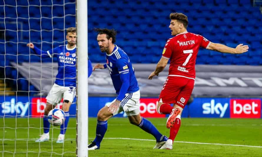 Chris Martin scores for Bristol City at Cardiff