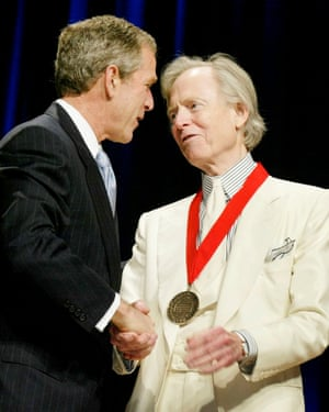 Tom Wolfe receives the National Humanities medal from President George W Bush, 2002.