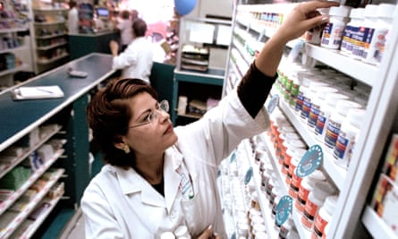 A coalition of 85 biotechnology, pharmaceutical and diagnostics companies, including Johnson & Johnson and Pfizer, have formed a landmark agreement to help combat antibiotic resistance.