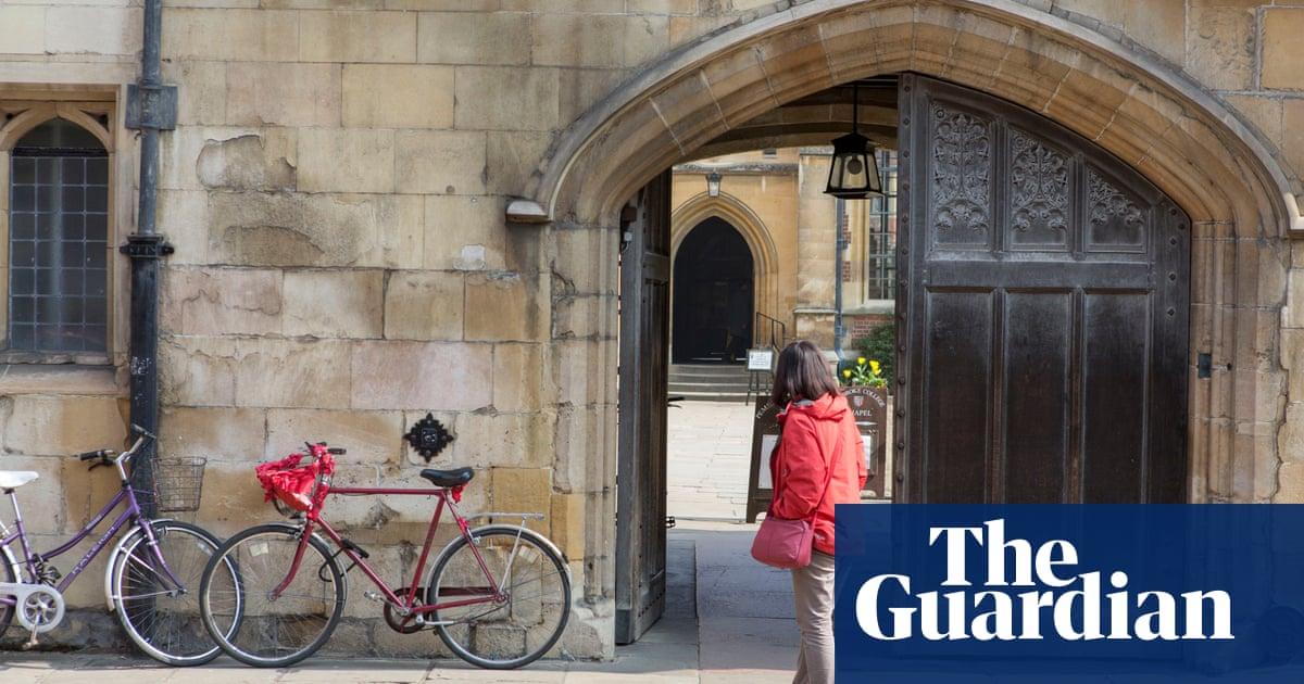 Cambridge colleges accused of exploiting 'gig economy' tutors