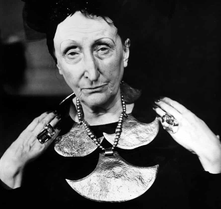 Backer … Edith Sitwell, whose grave Purdy's ashes will be buried beside.