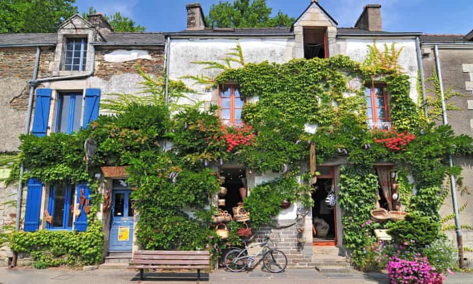 Medieval Houses At Rochefort En Terre Brittany