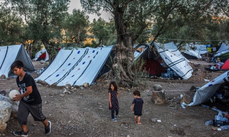 Immigrants in Greece face winter crisis after public sector cuts