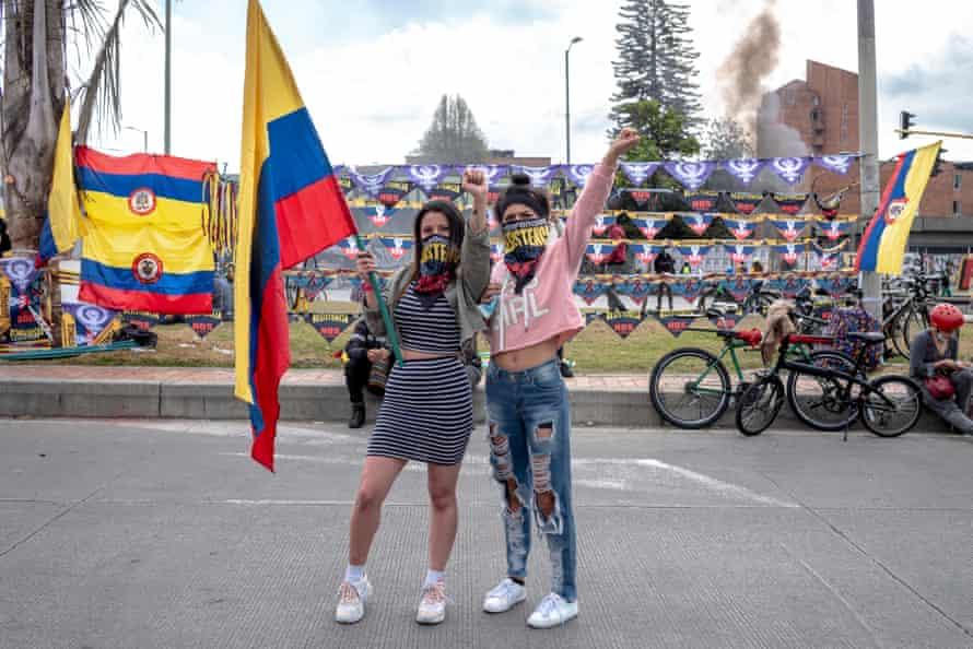 Isabela Morales and Karen Martínez.