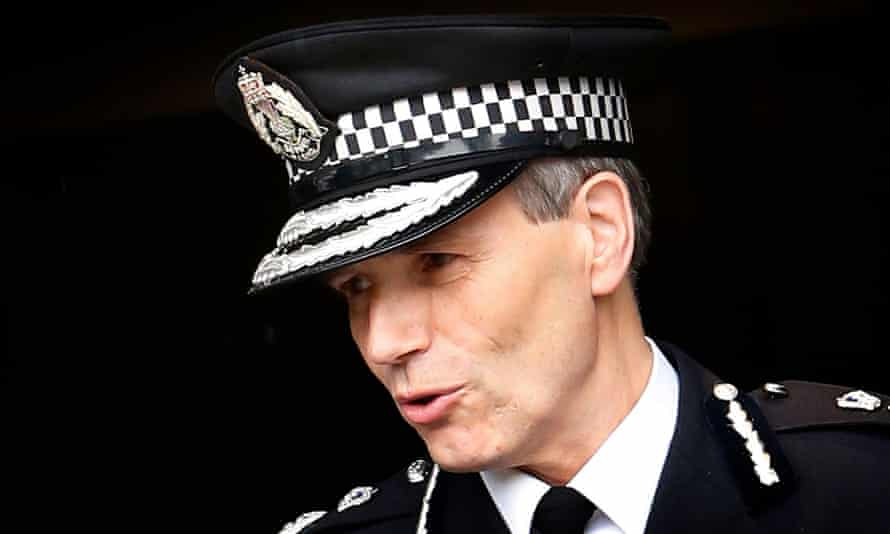 Stephen House resigned from Police Scotland in 2015 after outrage over deaths of couple, who lay undiscovered in their car for three days.