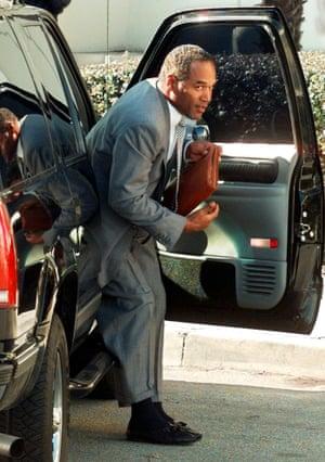 OJ Simpson climbs out of car
