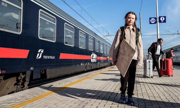 Greta Thunberg no quiere viajar en avión, por coherencia en su lucha contra la crisis climática