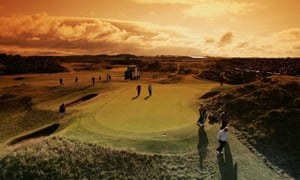The 8th Hole Known As Postage Stamp During 2004 Open At Royal