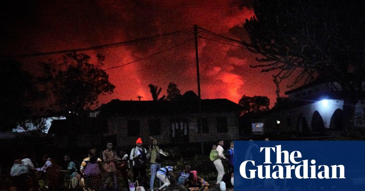 Nyiragongo volcano erupts in eastern Congo