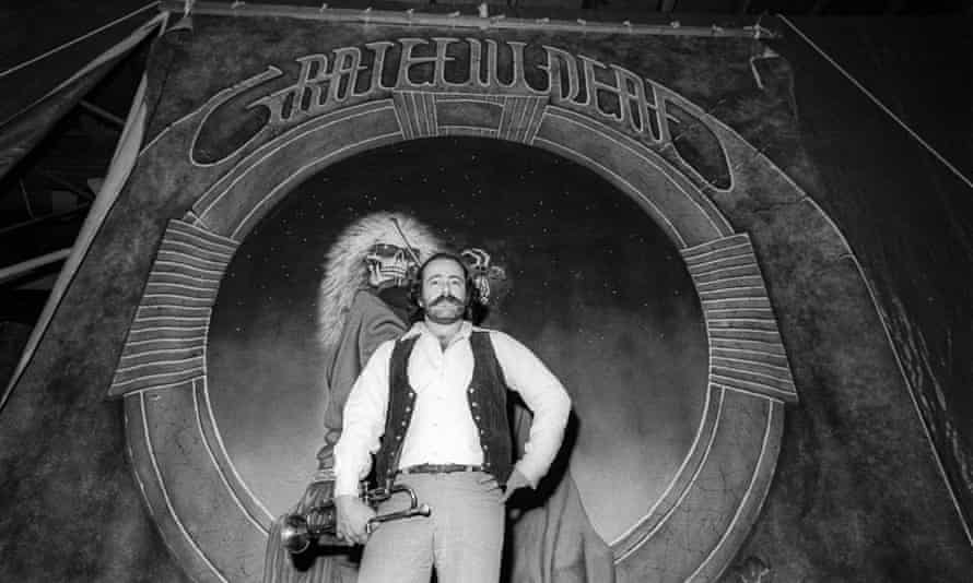 Robert Hunter in the Grateful Dead's rehearsal studio in San Rafael, California, 1977.