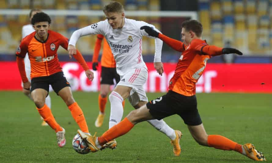 Martin Ødegaard (centre) in action for Real Madrid against Shakhtar Donetsk in the Champions League last month.