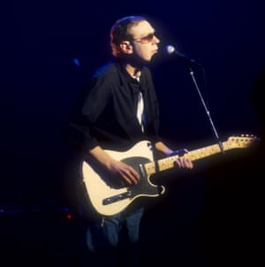 Scott Walker performing on the 'Later with Jools' show, 1997