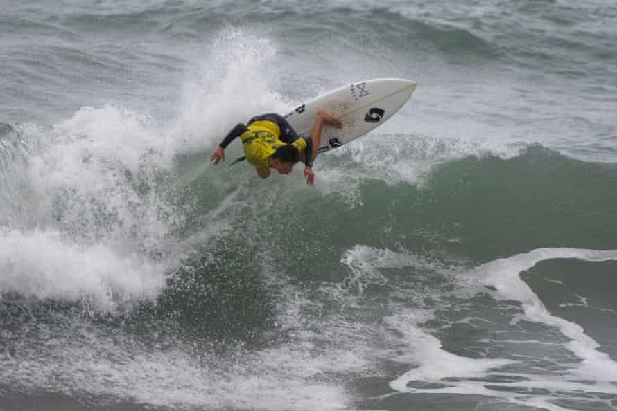 Kosie Sawamura competes in Taiwan's Open of Surfing.