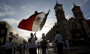 The bill was approved as Mexico readies for July presidential elections. The PRI, badly hit by corruption allegations, elected a non-member as candidate, José Antonio Meade.