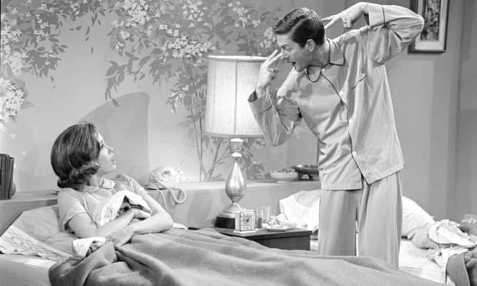 Mary Tyler Moore and Van Dyke in The Dick Van Dyke Show, 1963.