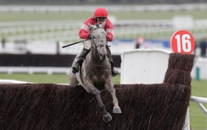 Duc Des Genievres ridden by Paul Townend go on to win.