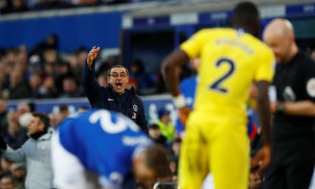 Maurizio Sarri accuses his Chelsea players of 'mental block' at Everton – video