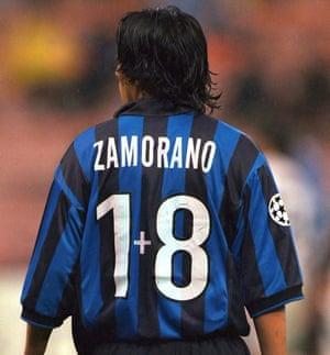 Zamorano in his Inter shirt in 1998.