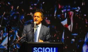 Daniel Scioli speaks at his campaign headquarters on a disappointing election night.