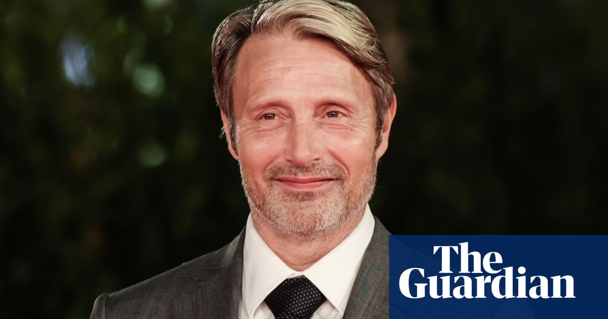 Mads Mikkelsen lined up to replace Johnny Depp in Fantastic Beasts 3