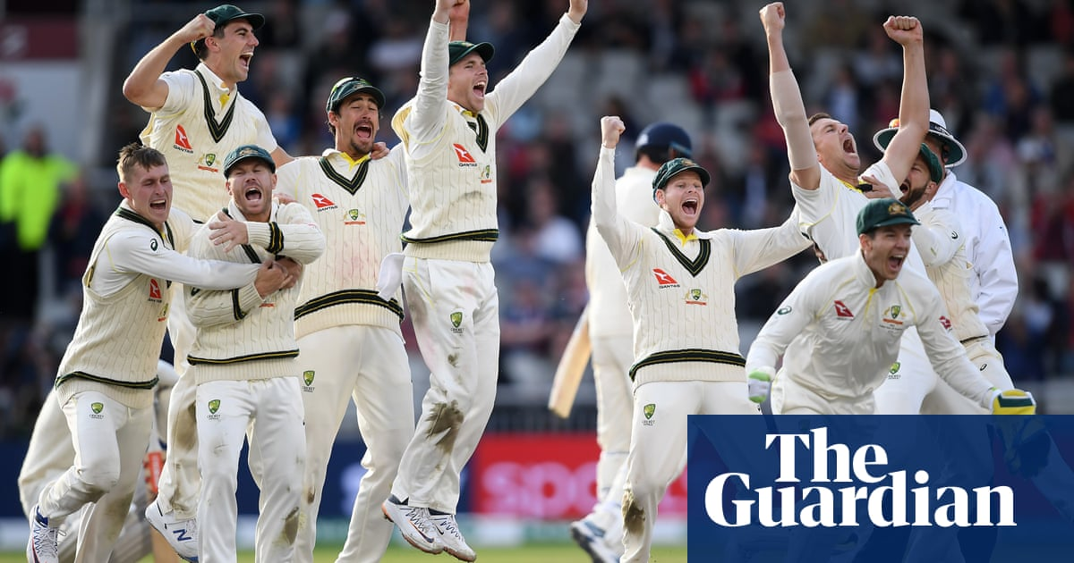 Steve Smith the difference as Australia retain Ashes, say Root and Paine – video
