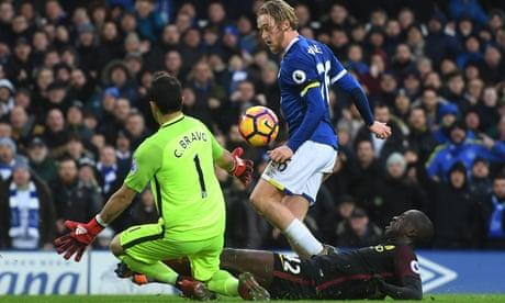 Everton teenager Tom Davies ensures Pep Guardiola knows his name   Paul Wilson