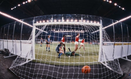 Brian Talbot scores for Arsenal against Southampton in 1983.