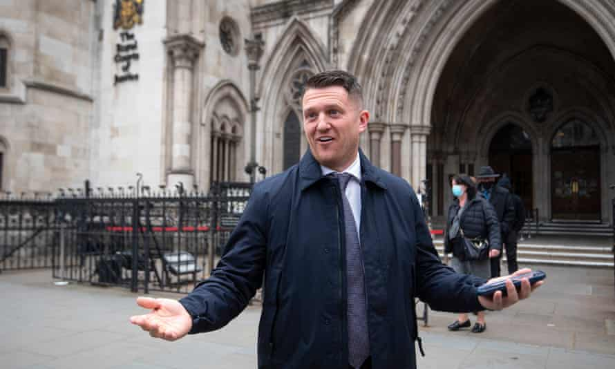 Tommy Robinson outside the Royal Courts of Justice.